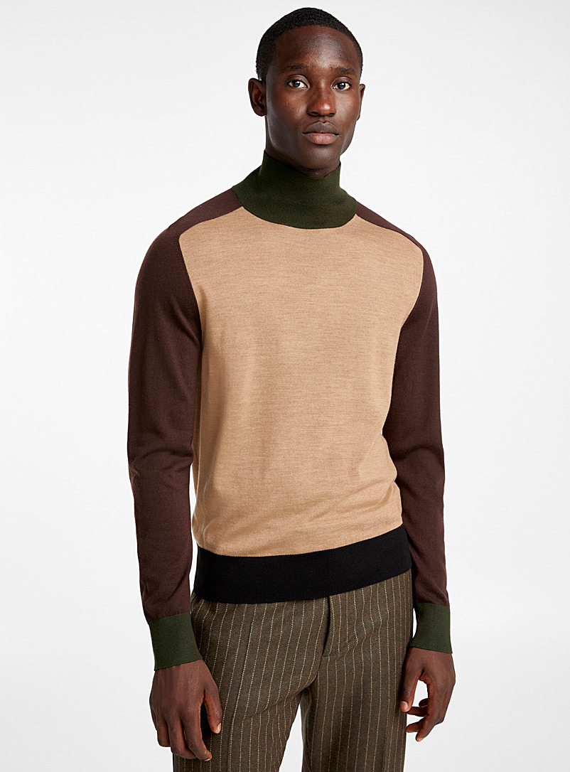 high-neck-block-knit