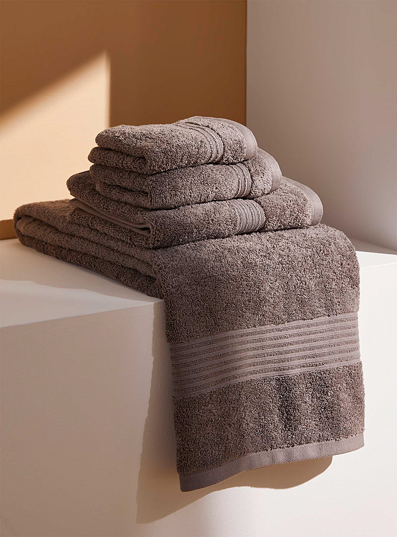 Simons Maison Dark Grey Airy cotton towels