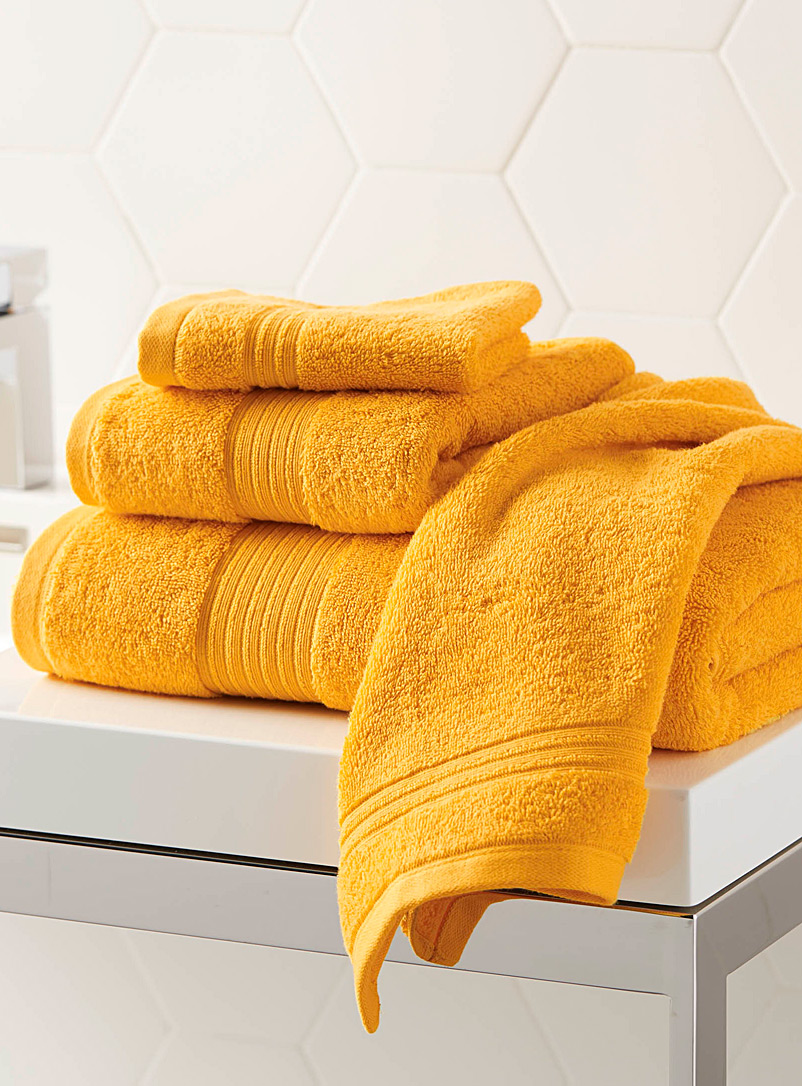 Simons Maison Dark Yellow Airy cotton towels