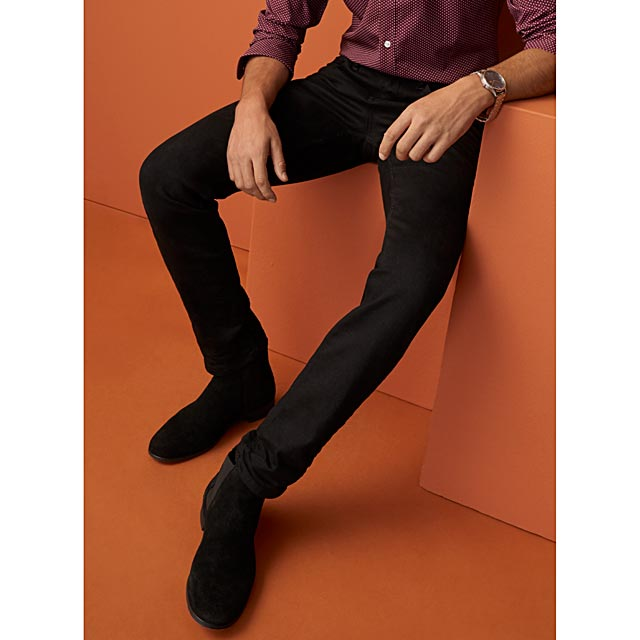 minimalist-black-jean-stockholm-fit-slim