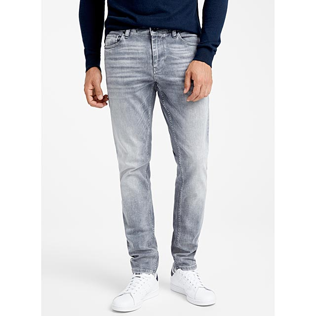 faded-grey-pleated-jean-stockholm-fit-slim