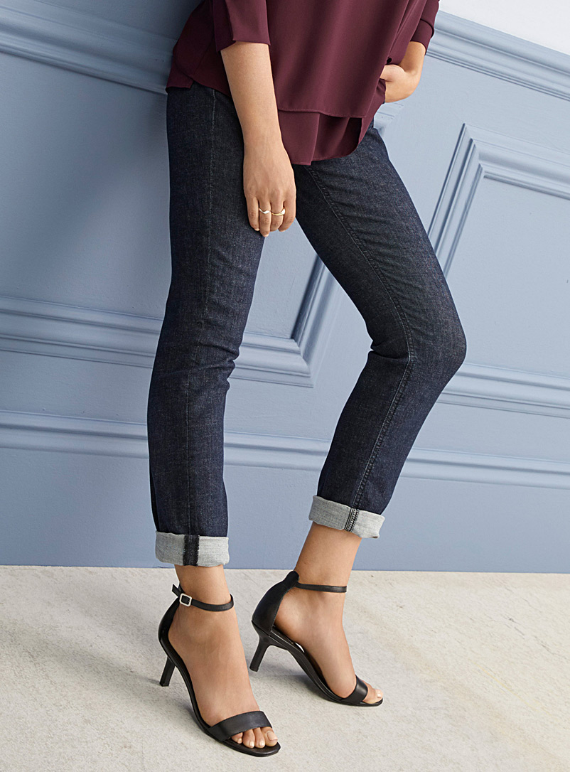 Contemporaine Dark Blue Stretch slim boyfriend jean for women