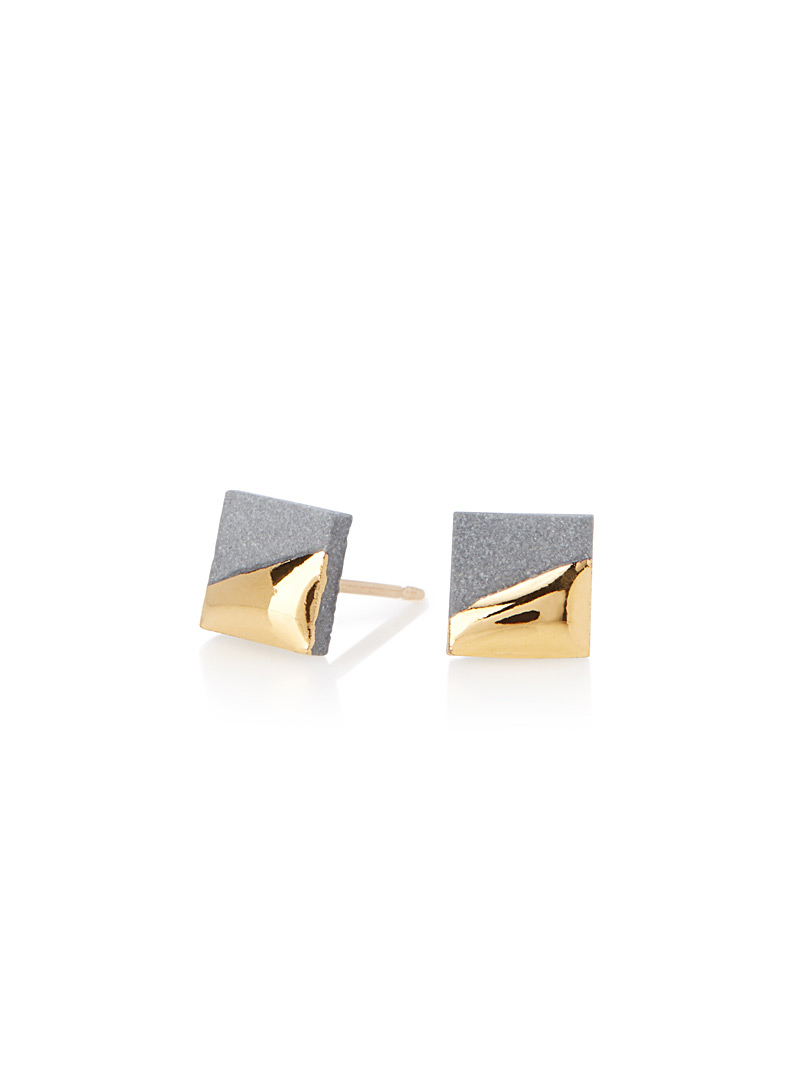 golden-square-earrings