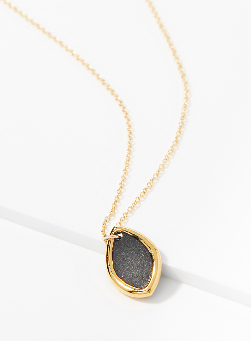 marquise-solo-necklace