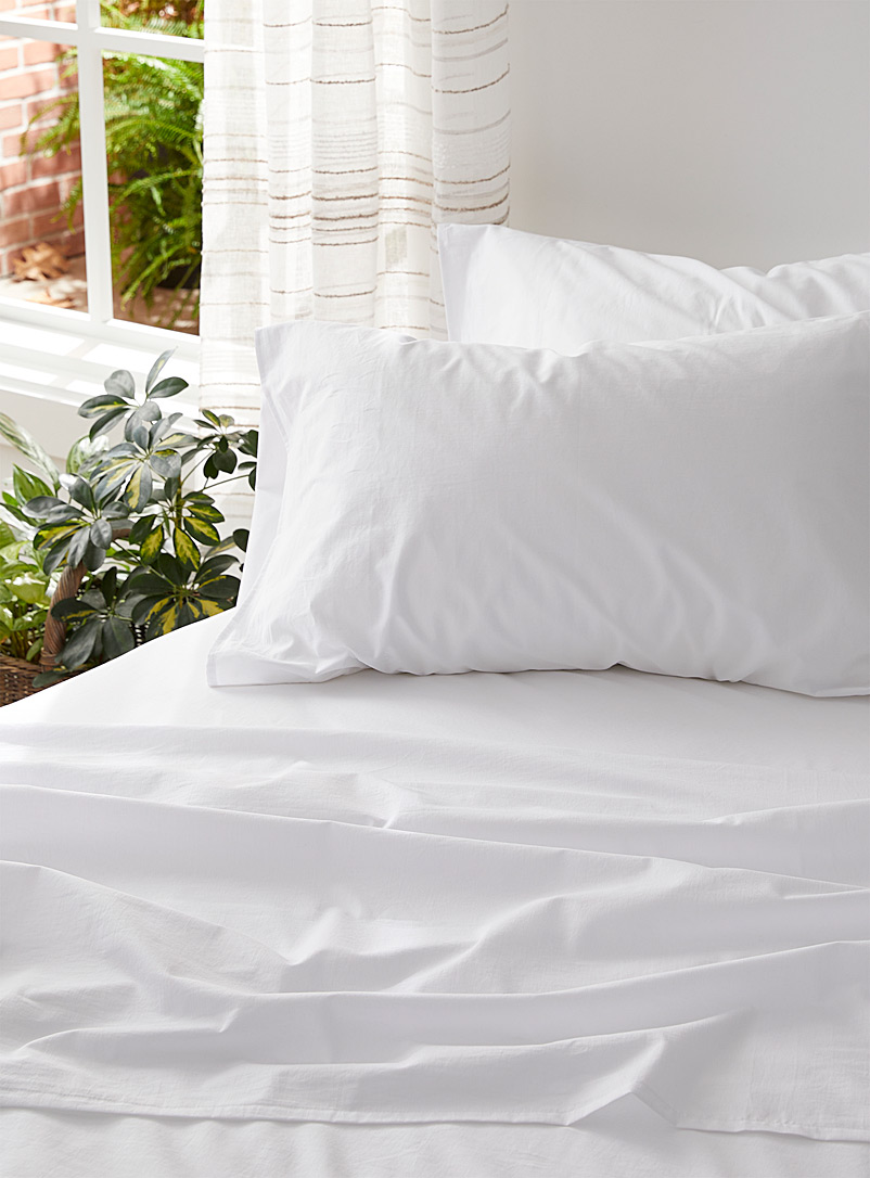 Prewashed sateen sheet set Fits mattresses up to 16 in.