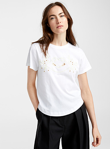 Le t-shirt broderies