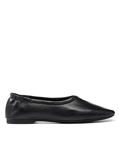 Maddie black leather ballet flats