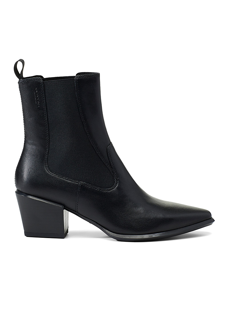 betsy-black-leather-chelsea-boots