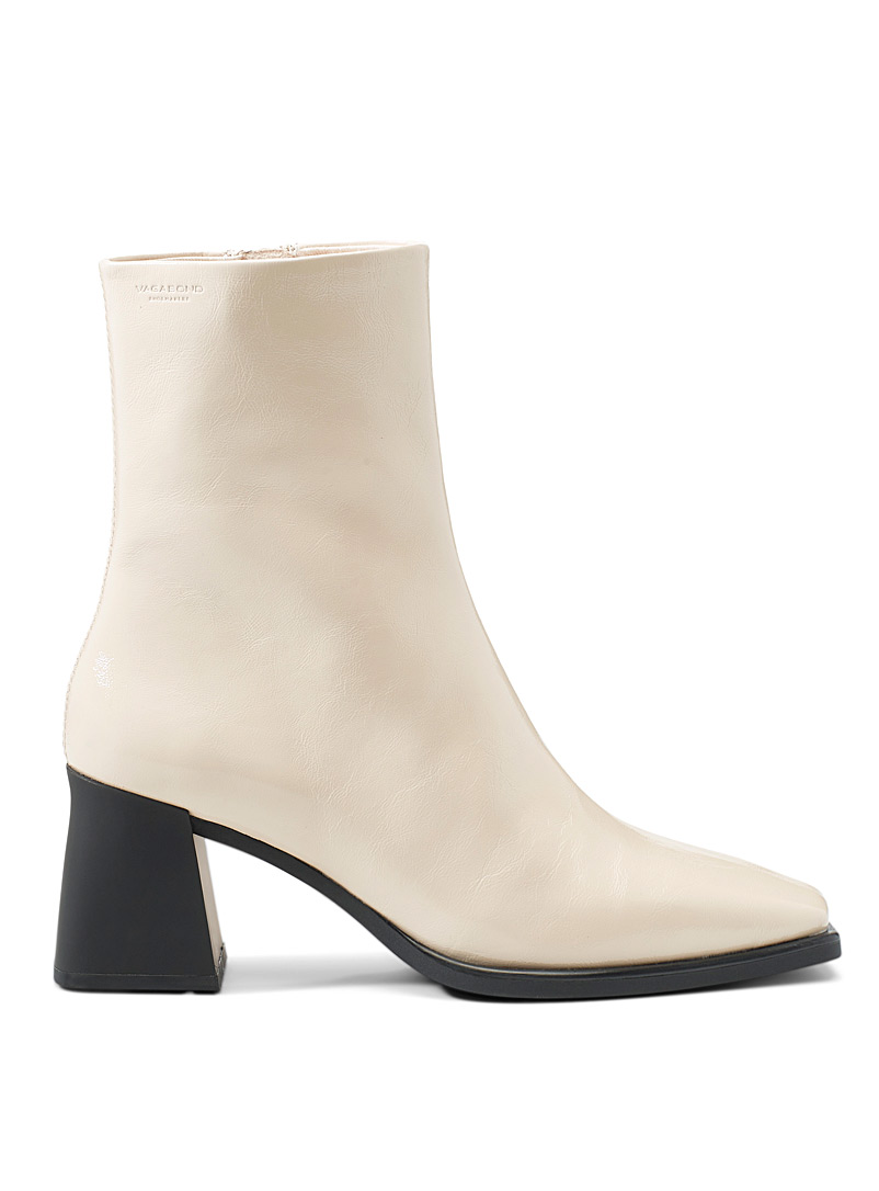 Hedda ivory leather heeled boots