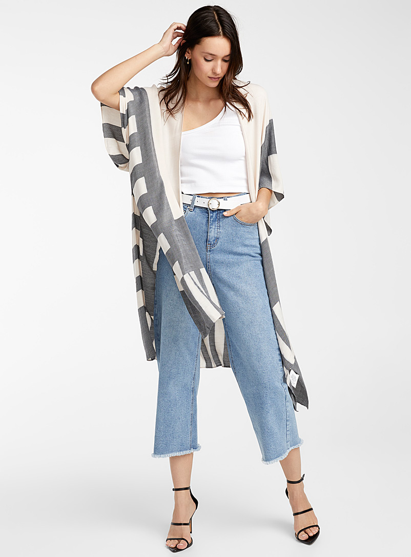 Icône Patterned Blue Geo block kimono for women