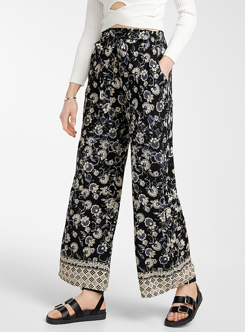 Ic?ne Patterned Black Dotwork flower black palazzo pant for women