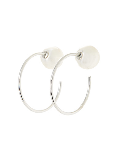 Pearly double-sided hoops