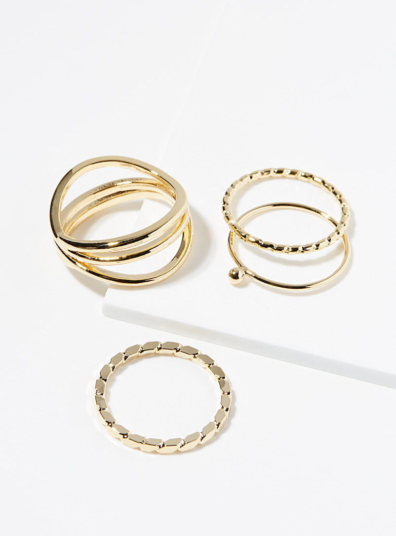 Multi-texture metallic rings  Set of 4