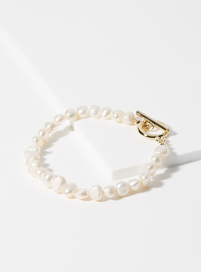 Simons Patterned Yellow Cultured pearl bracelet for women