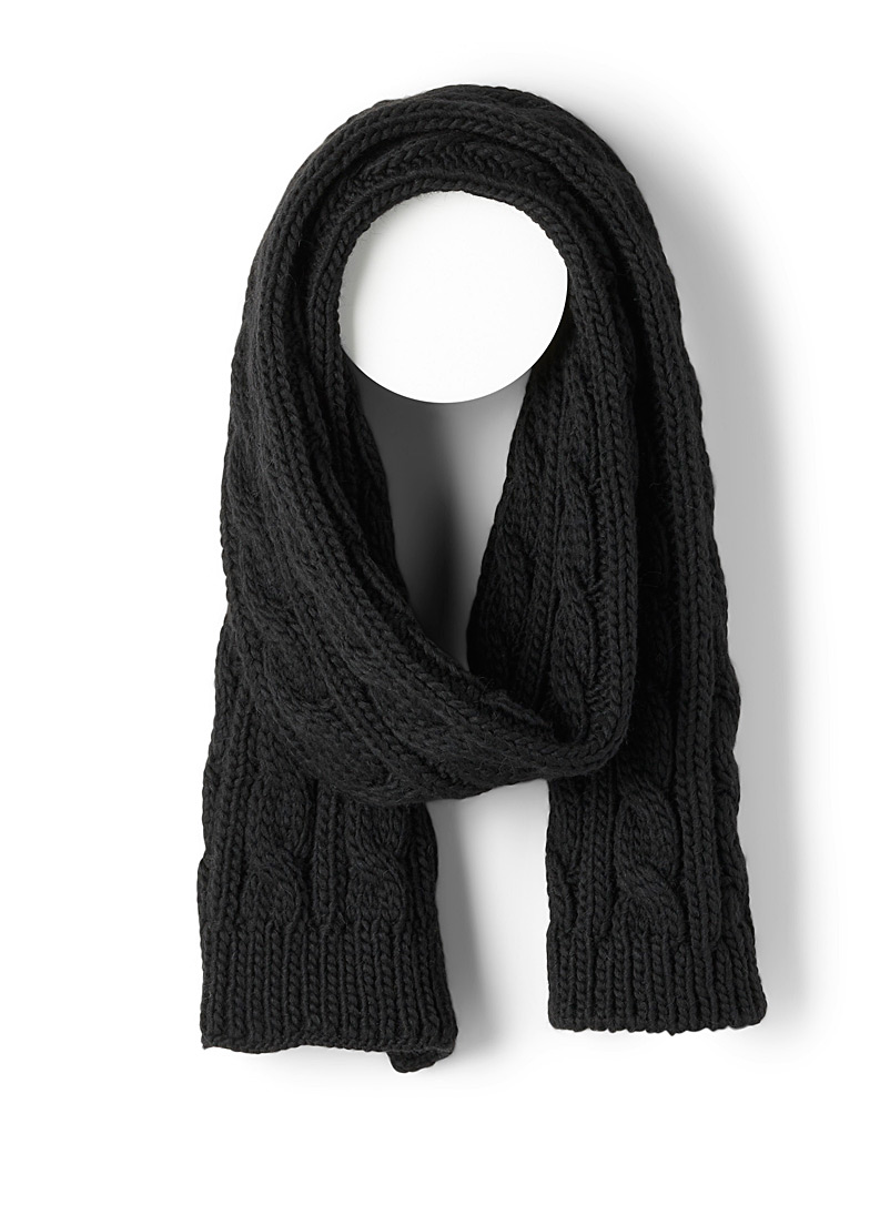 Rib and twisted cable scarf