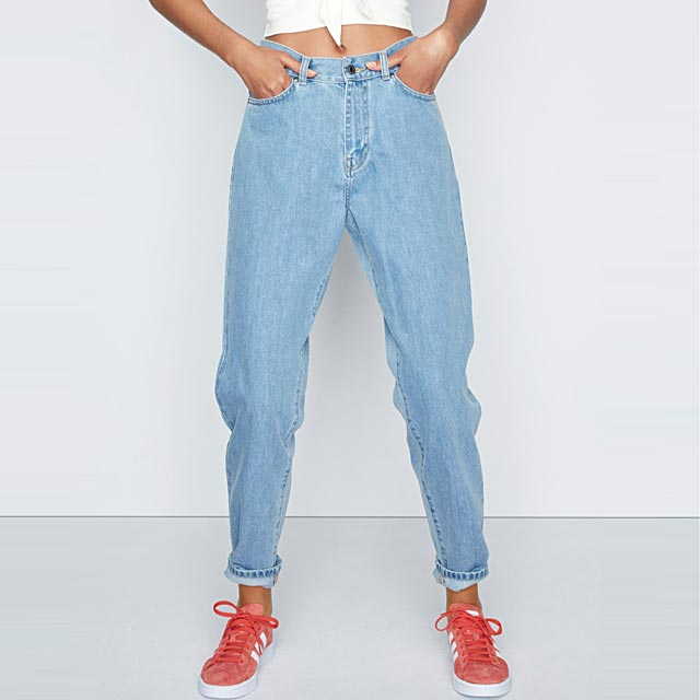 le-mom-jeans-nora
