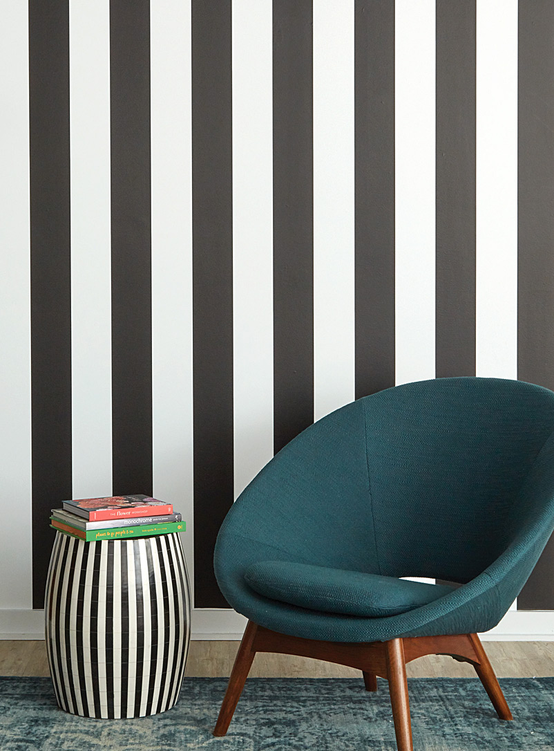 Turquoise Palace + Tempaper Black and White Black and white striped self-adhesive wallpaper 28 square feet