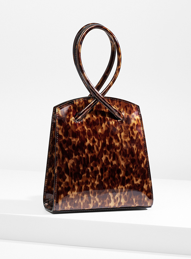 twisted-handle-handbag
