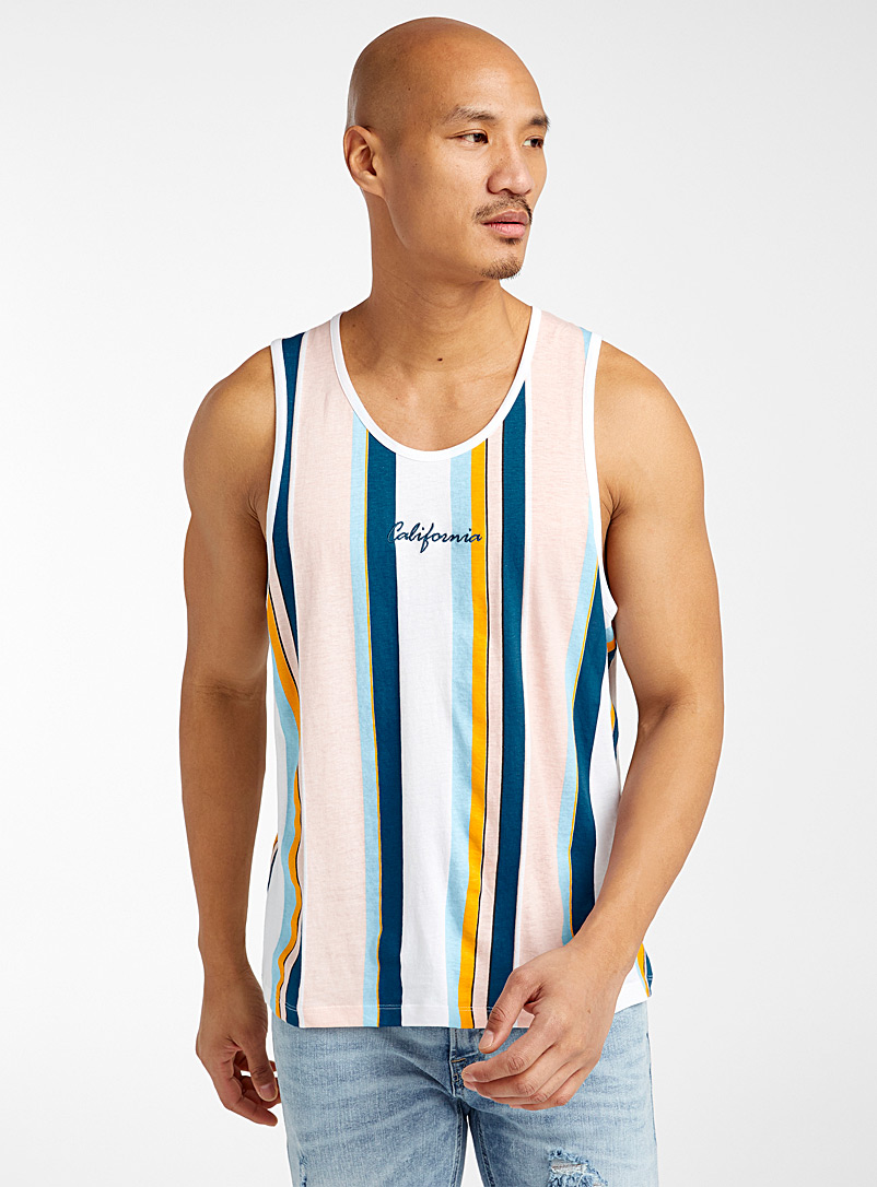 le-tank-top-rayures-verticales