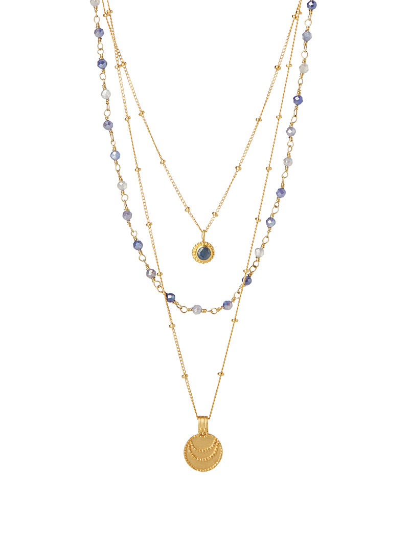 le-collier-uplifted-by-love