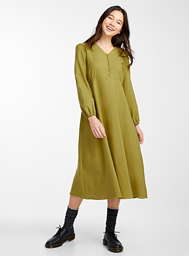 Button-neck peasant dress