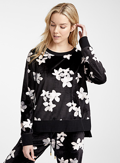 Soft velvety floral sweater
