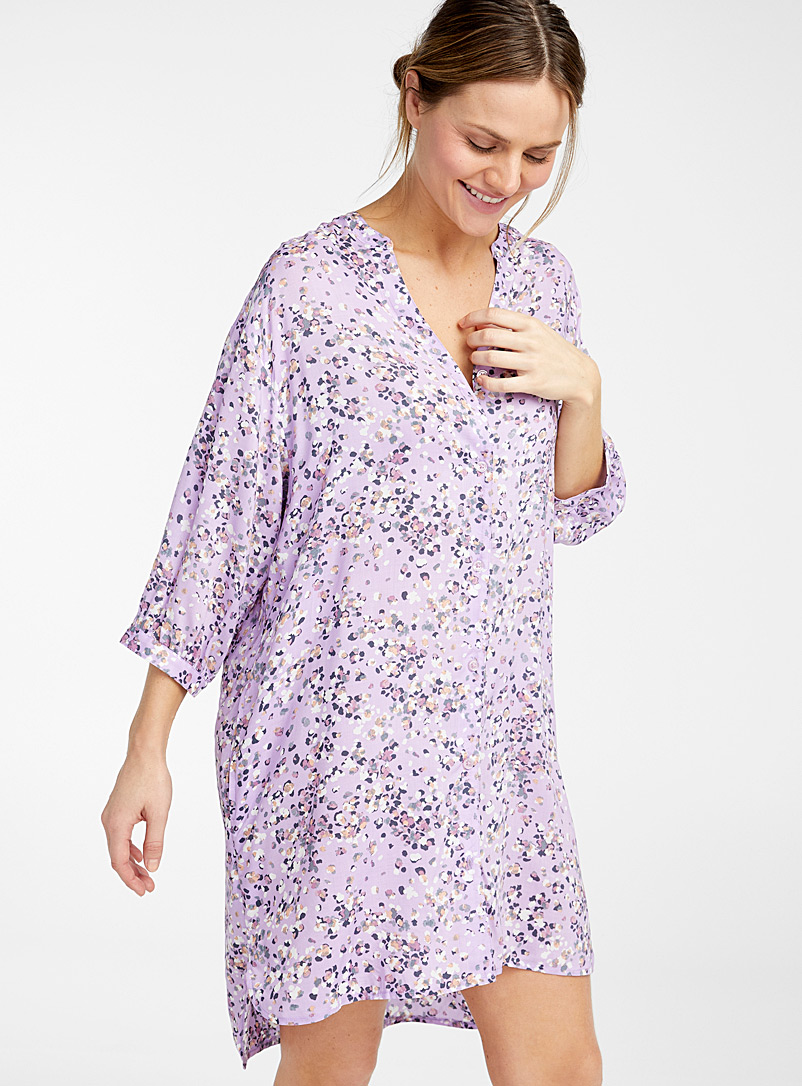 Donna Karan Patterned Crimson Fluttering petals nightshirt for women