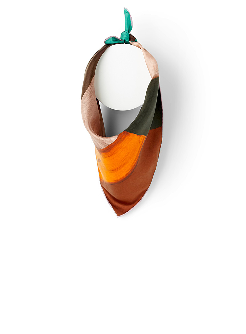 modern-painting-scarf