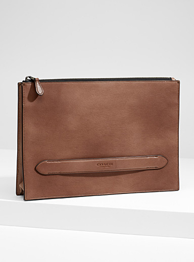 Manhattan clutch