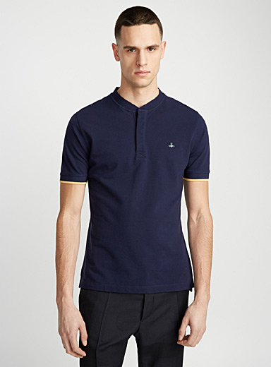 Embroidered logo officer-collar polo