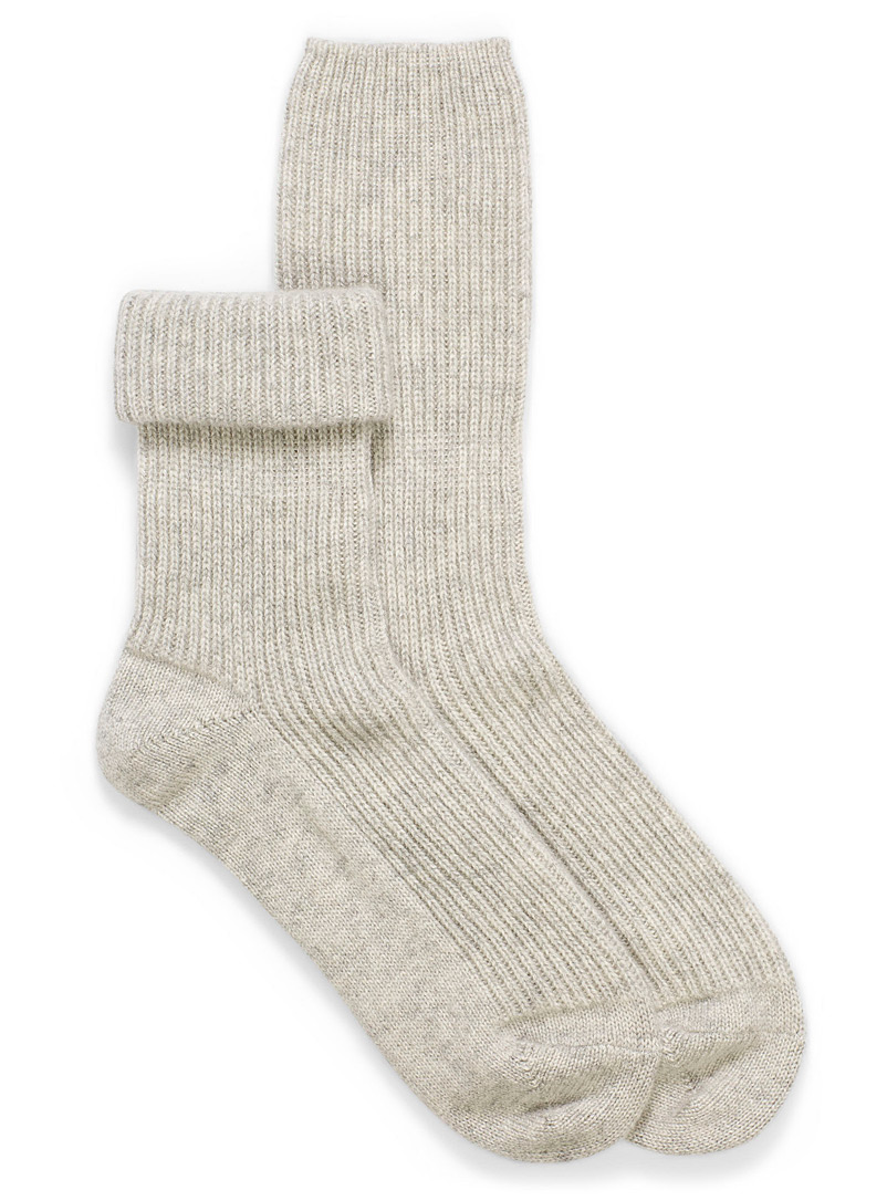 pure-cashmere-knit-socks