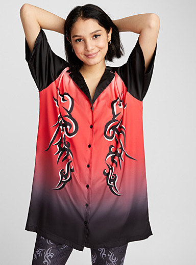 Satiny tribal shirtdress