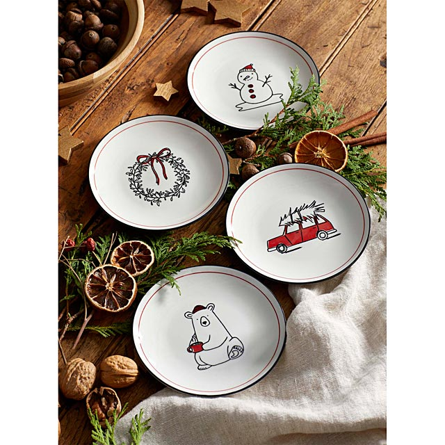 winter-delights-pastry-plates-set-of-4
