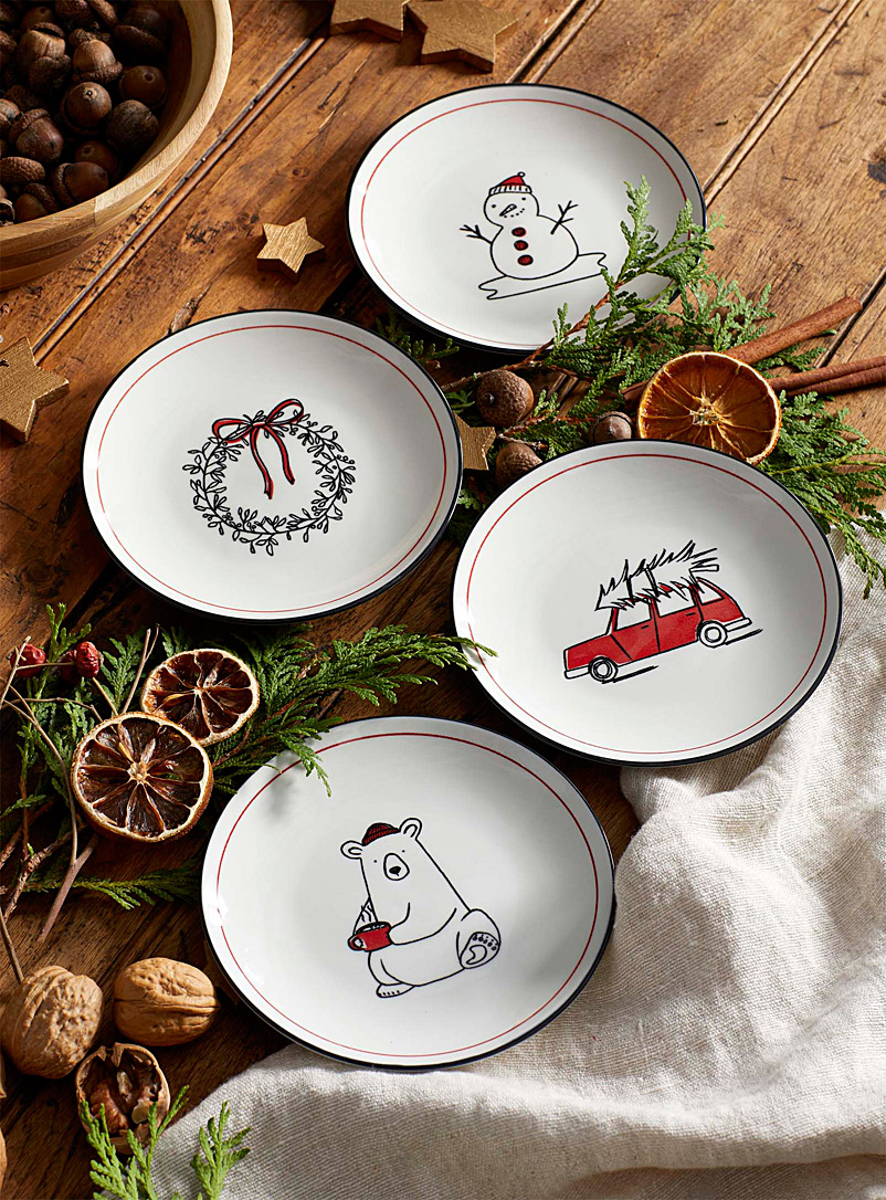 winter-delights-pastry-plates-br-set-of-4