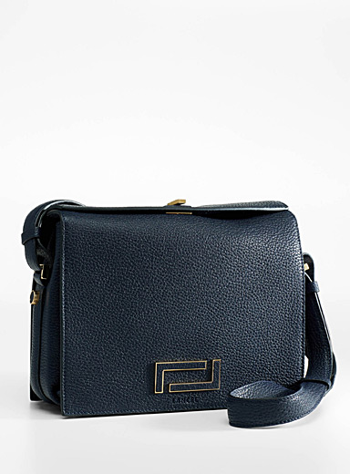 Pia grained leather bag