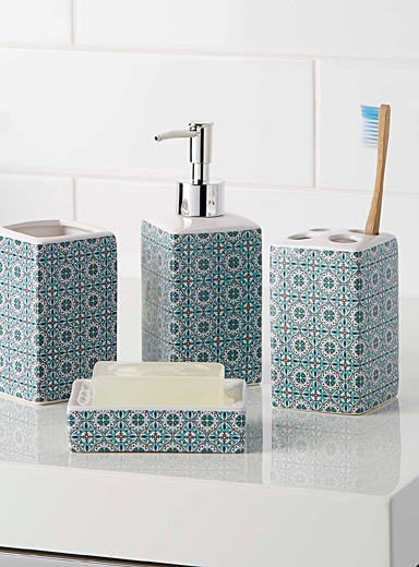 Moroccan tiles accessories