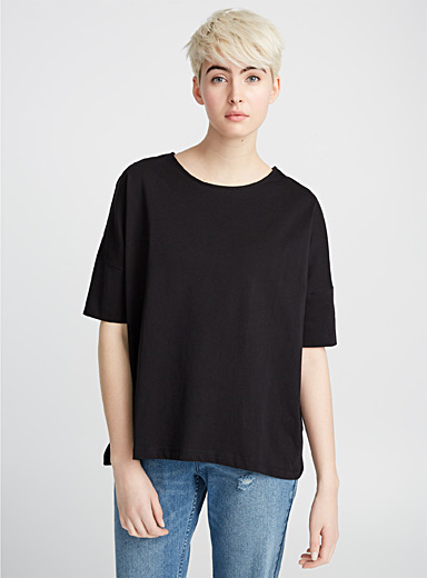 Chic cotton tee