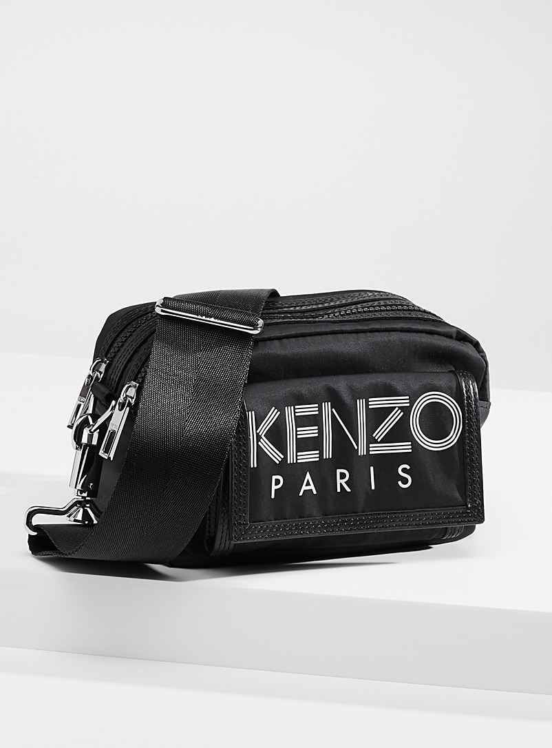 Logo sporty shoulder bag
