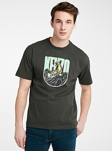Kenzo: Le t-shirt Tiger Mountain Capsule Expedition Kaki-charteuse pour homme