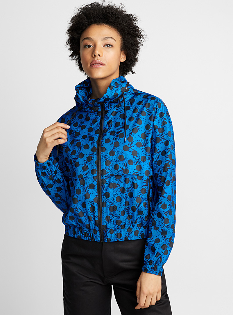 wavy-dots-windbreaker
