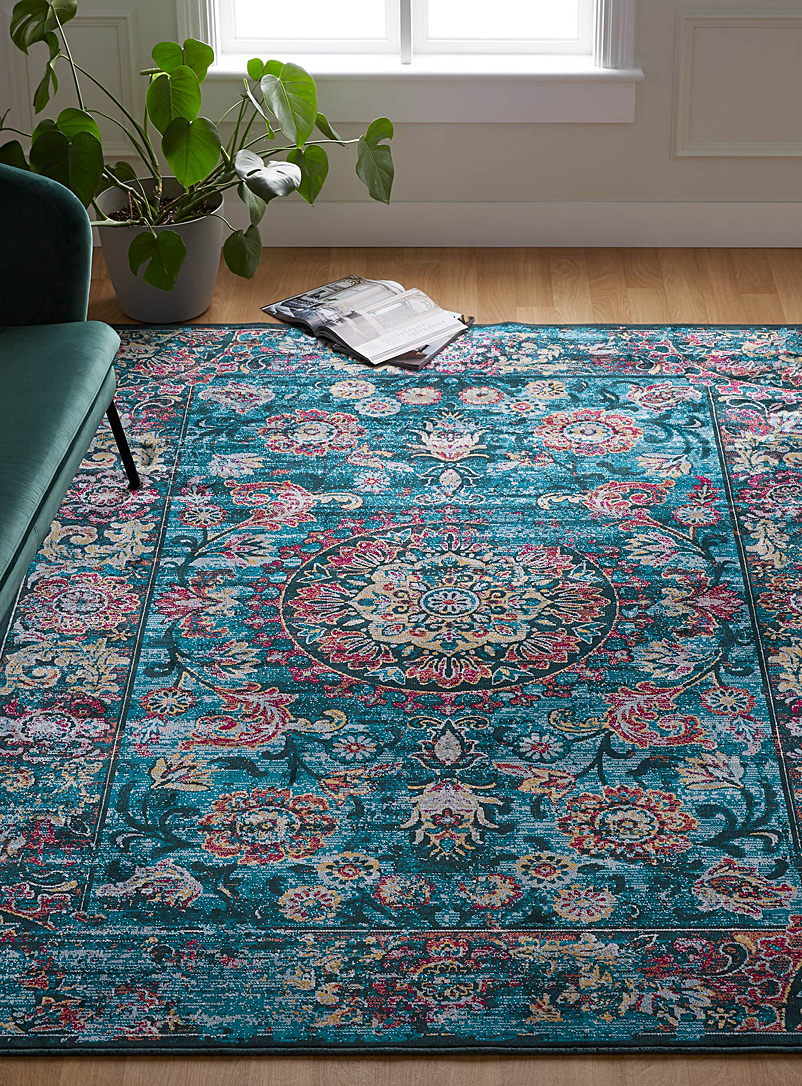 bright-medallion-rug