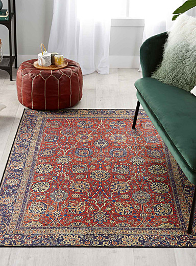 Classic floral rug  120 x 180 cm