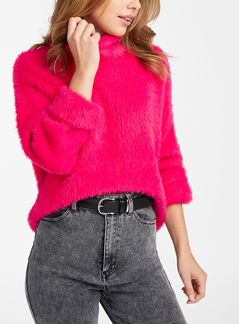 Icône Medium Pink Fuzzy ribbed sweater for women