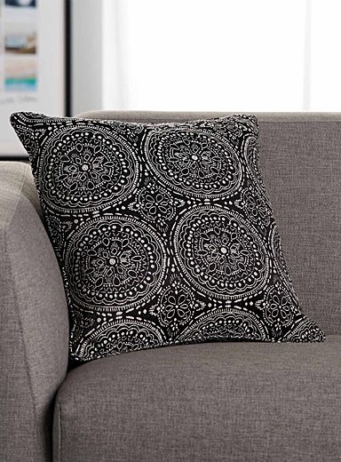 Tile jacquard cushion  45 x 45 cm