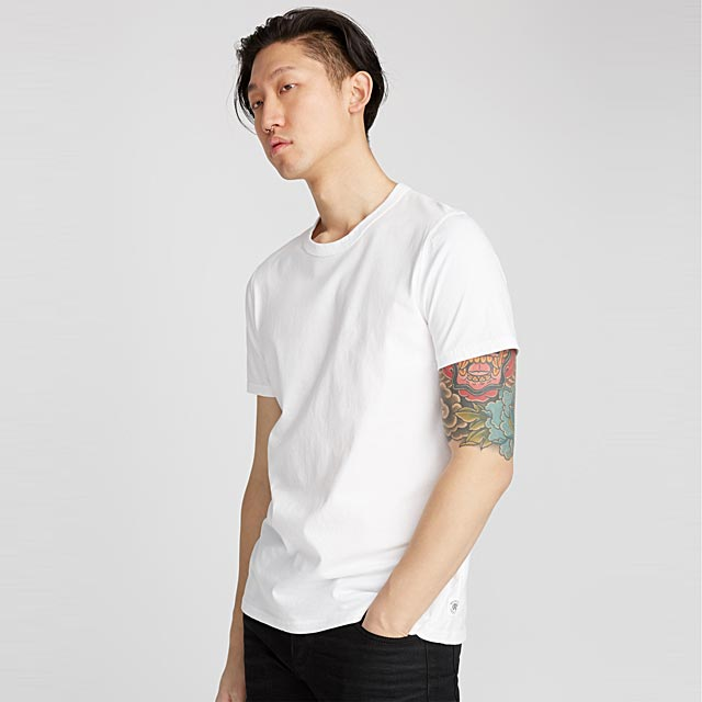 le-t-shirt-monochrome