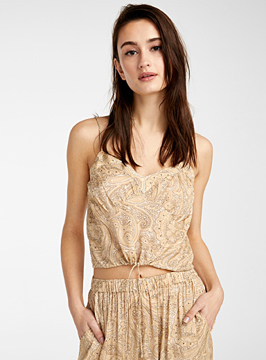 Amuse Society Patterned White Paisley cropped cami for women