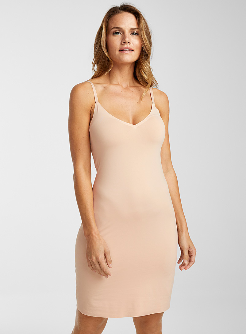 Miiyu Tan V-neck slip for women