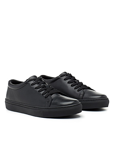 Minimalist leather sneakers