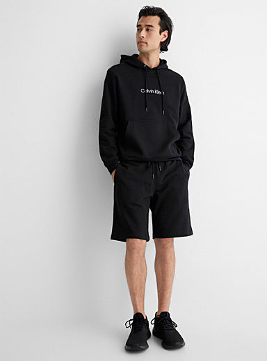 Le short sweat CK épuré