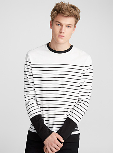 High contrast T-shirt